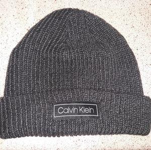 NWOT Calvin Klein Skullcap